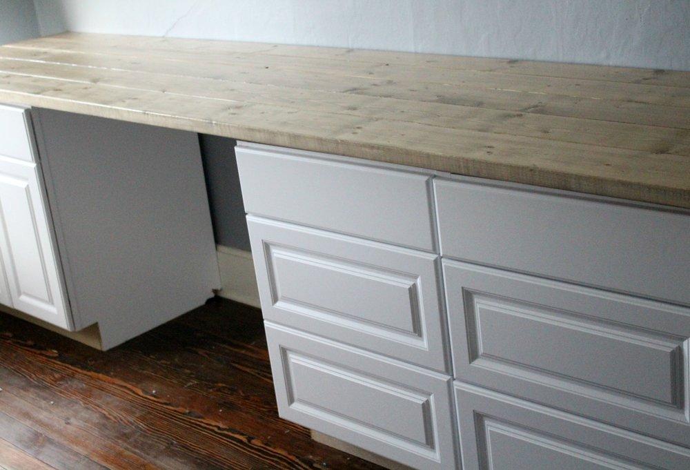 craft room desk 2