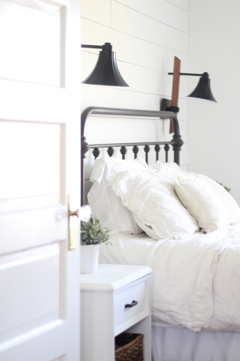 a review of our iron bed from target farmhouse on boone. Black Bedroom Furniture Sets. Home Design Ideas