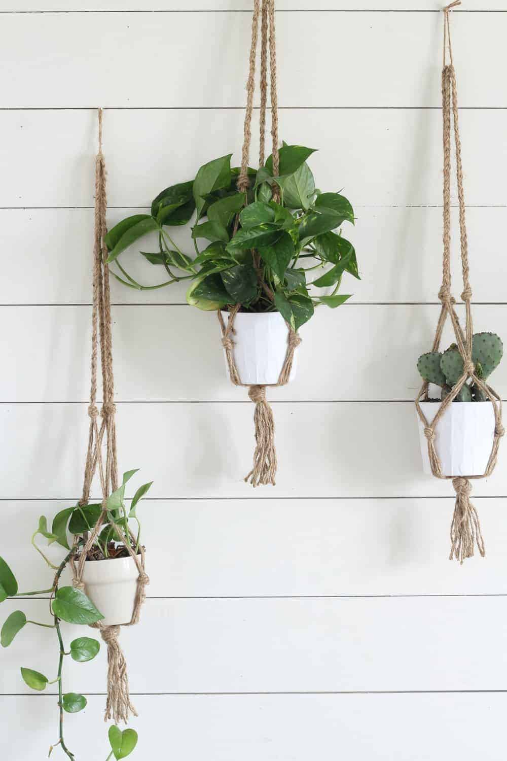 macrame plant hanger tutorials simple diy macrame plant hanger with tutorial 1185