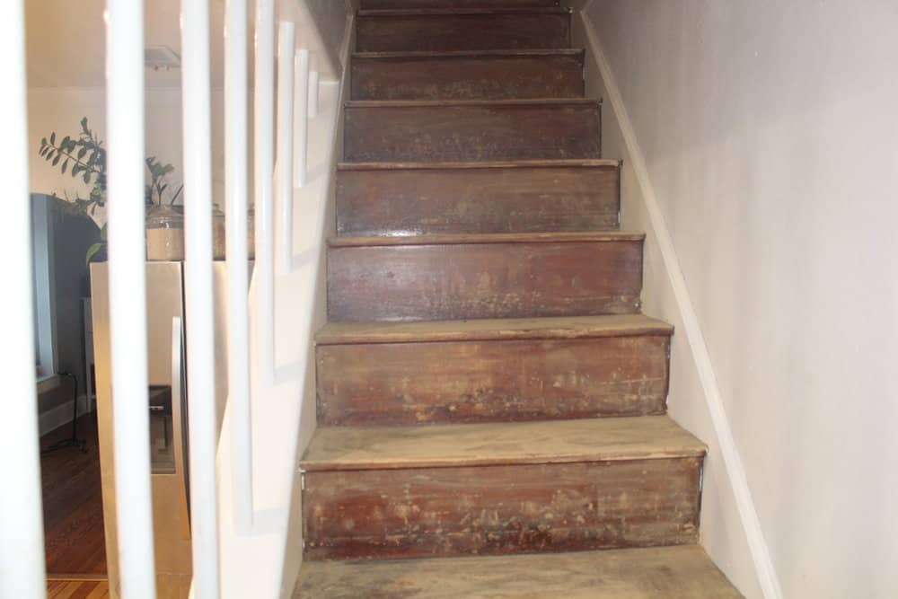 Next, We Gave Everything A Good Wipe Down To Be Sure The Stairs Were All  Ready For The Paint.