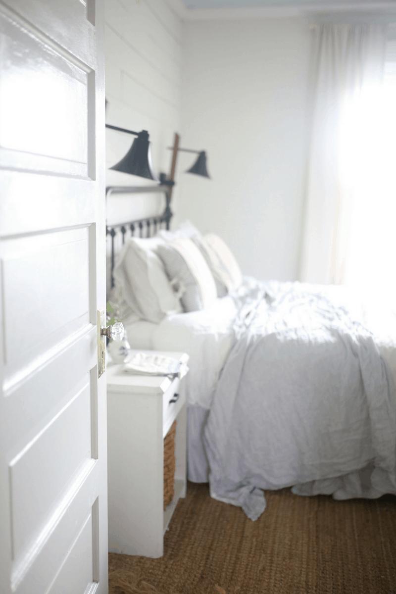 Linen White Chalk Paint Dresser Makeover Farmhouse On Boone