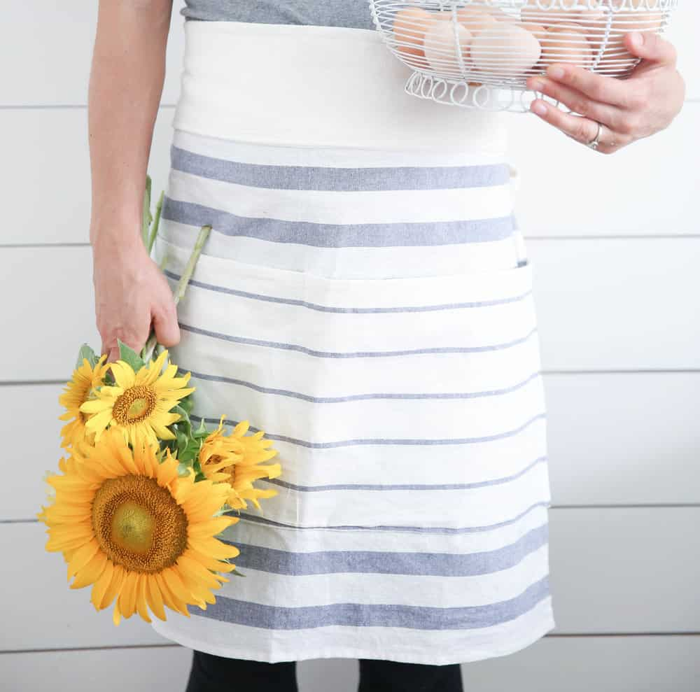 How to Make an Apron from IKEA Tea Towels - Farmhouse on Boone
