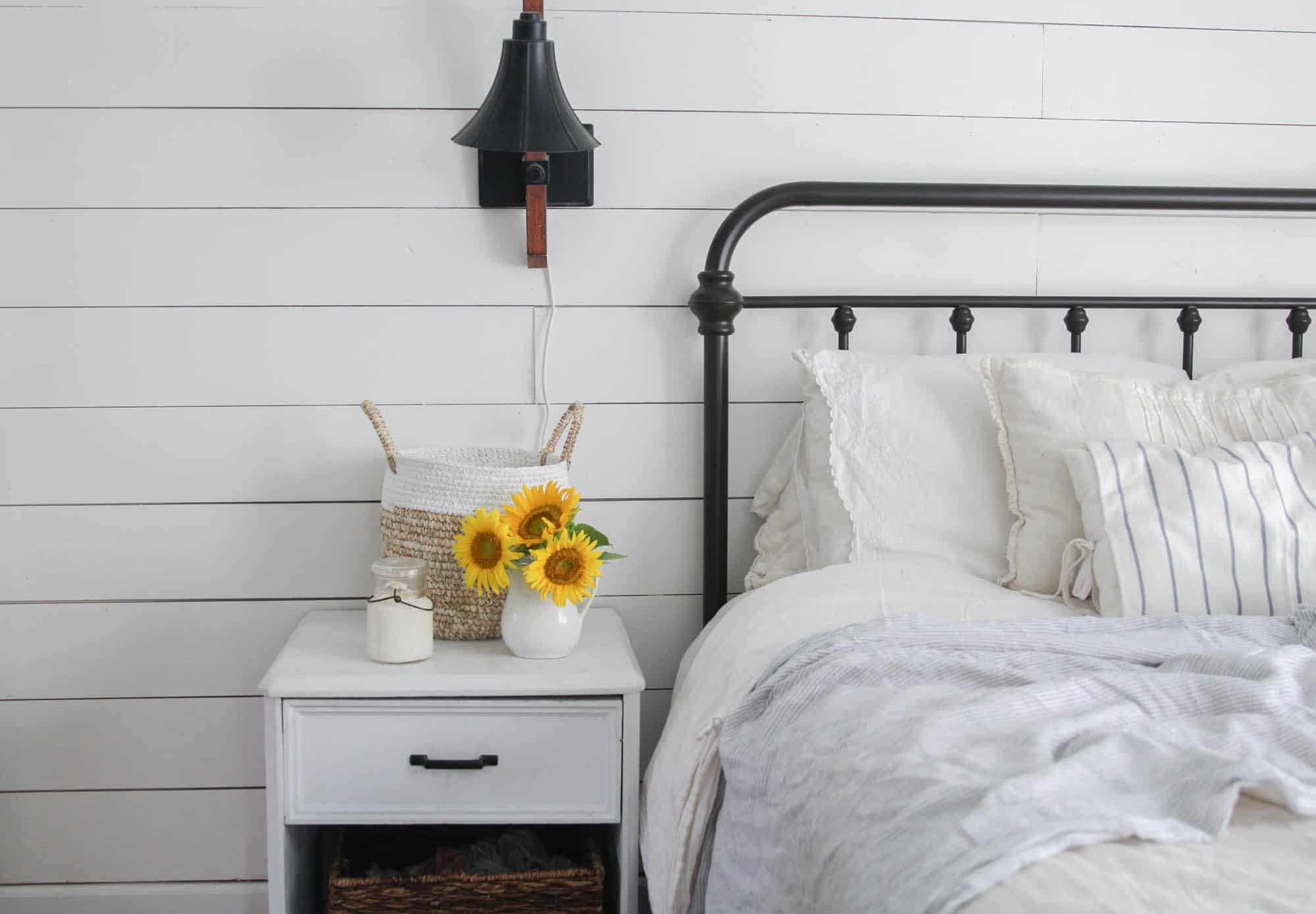 white summer farmhouse bedroom