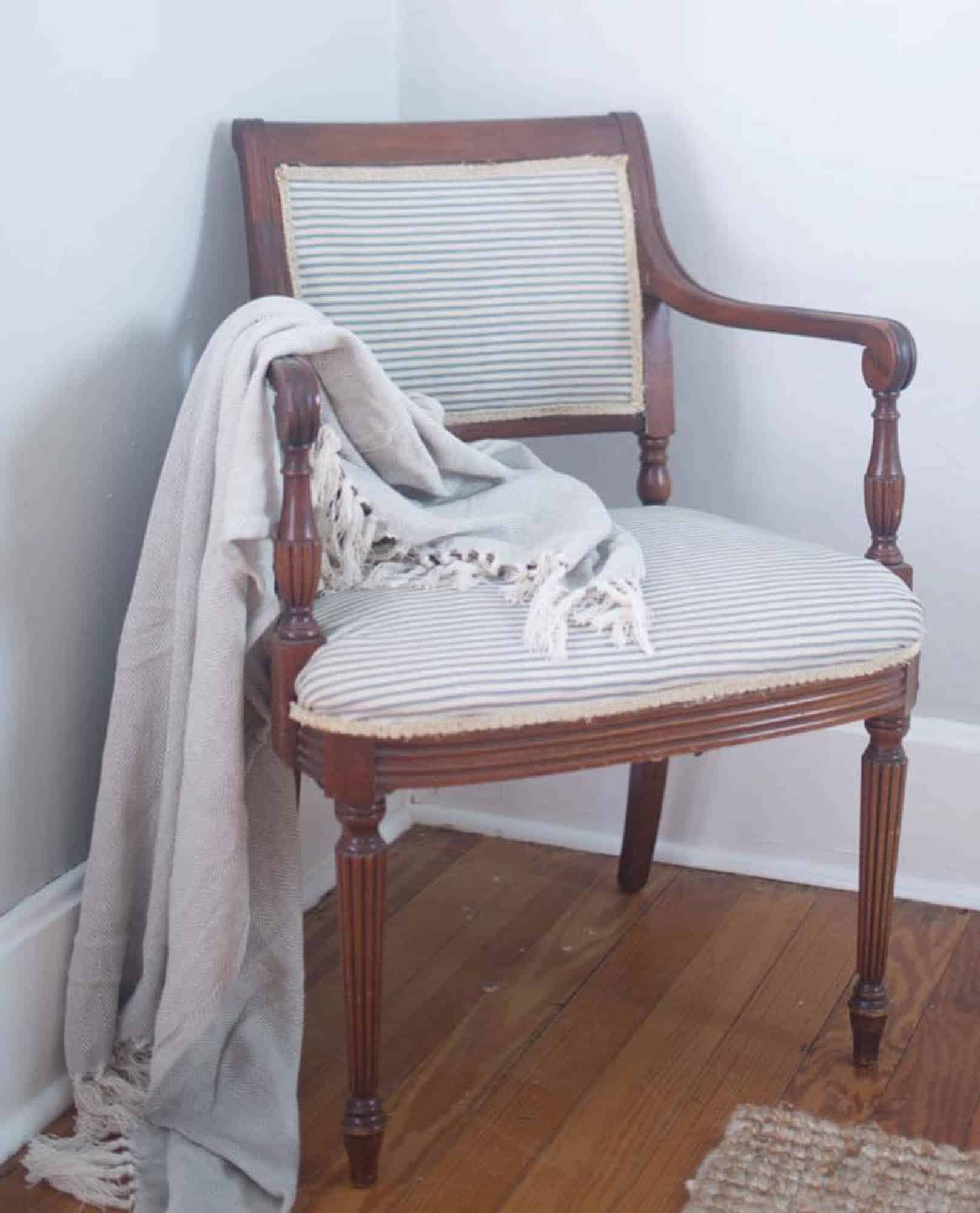 Learn How To Reupholster A Chair With A Staple Gun And Hot Glue. No Sewing