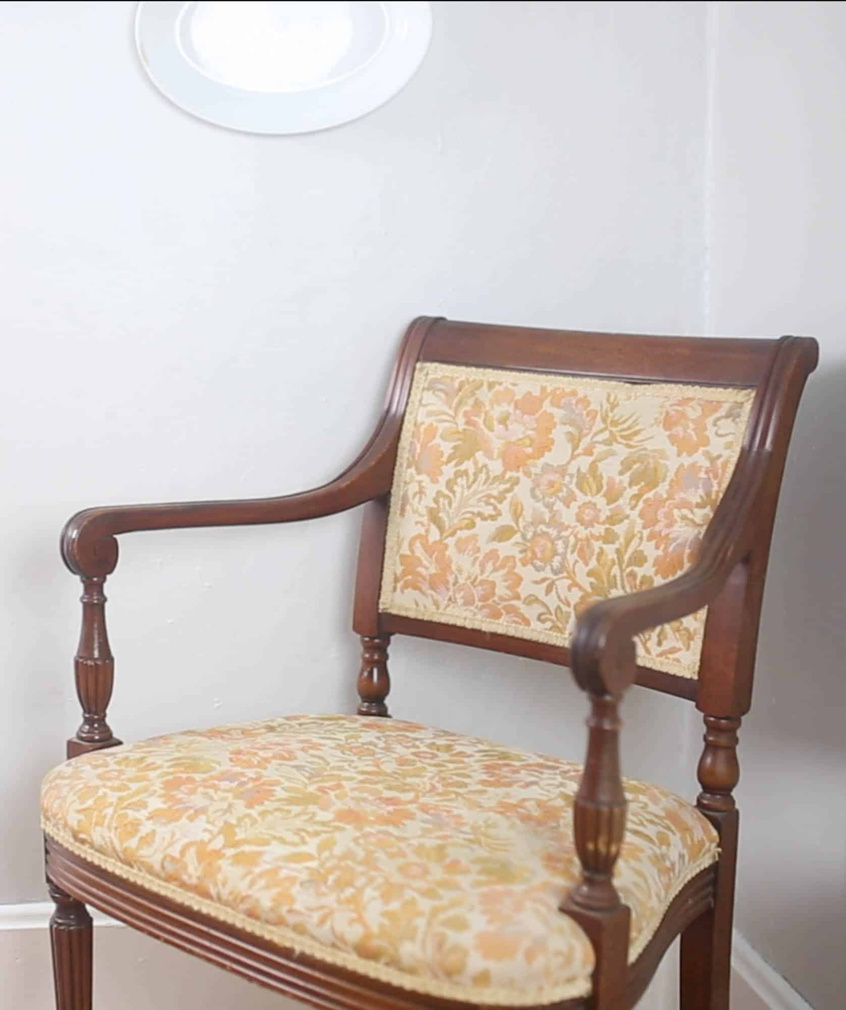 Tutorial For Reupholstering An Old Chair With A Staple Gun And Hot Glue