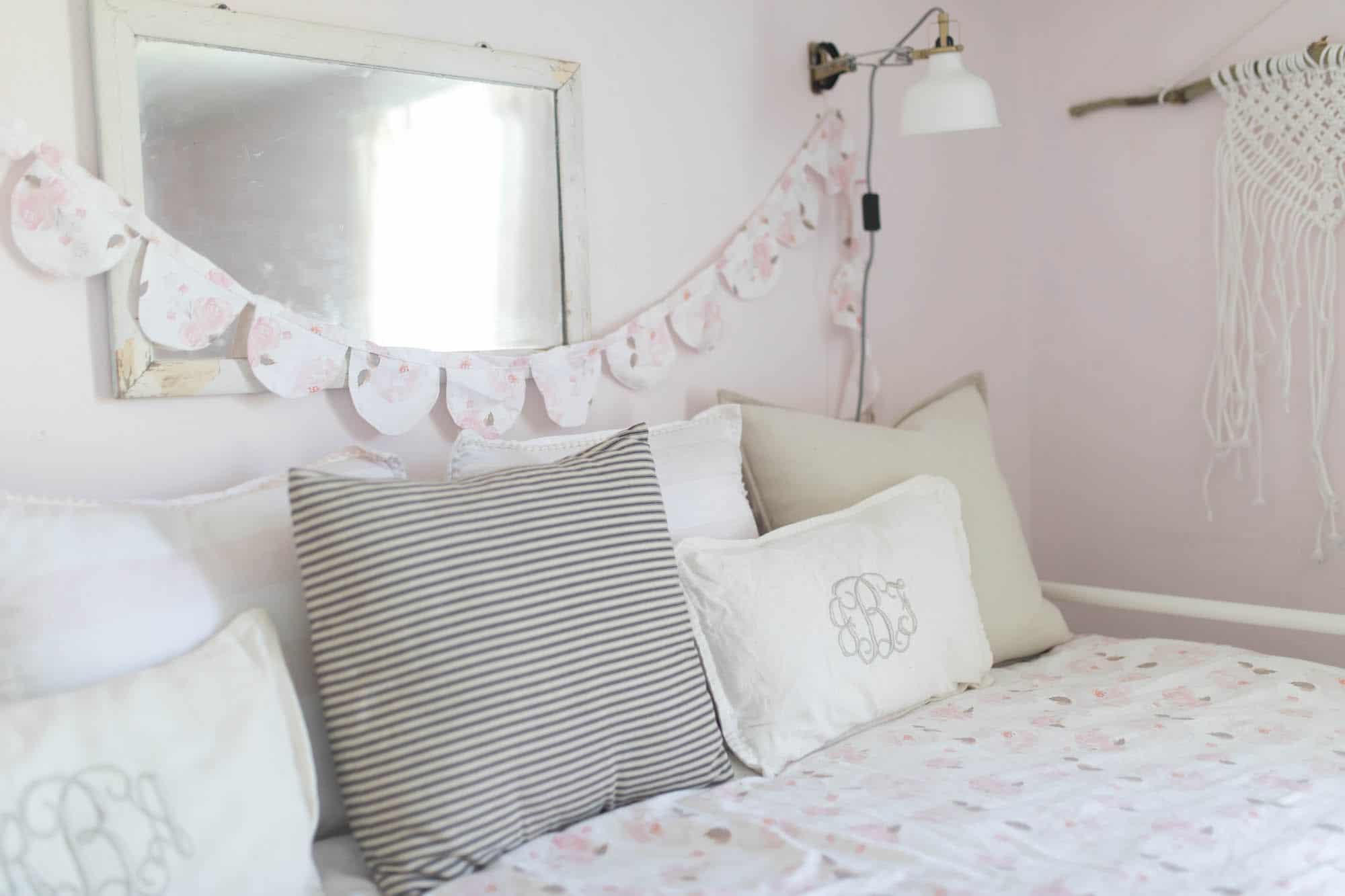 Farmhouse Girls Room Bedding