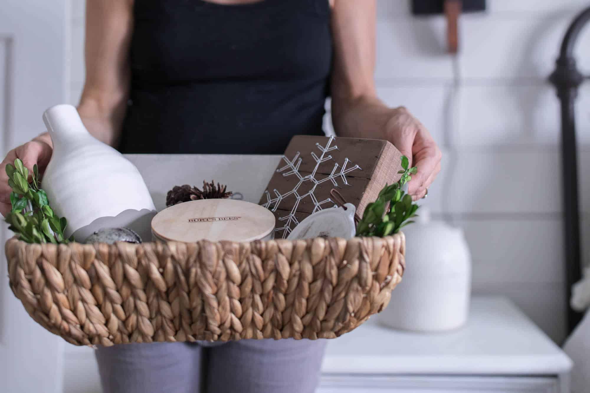 Christmas Gift Basket Idea Farmhouse Style Farmhouse On
