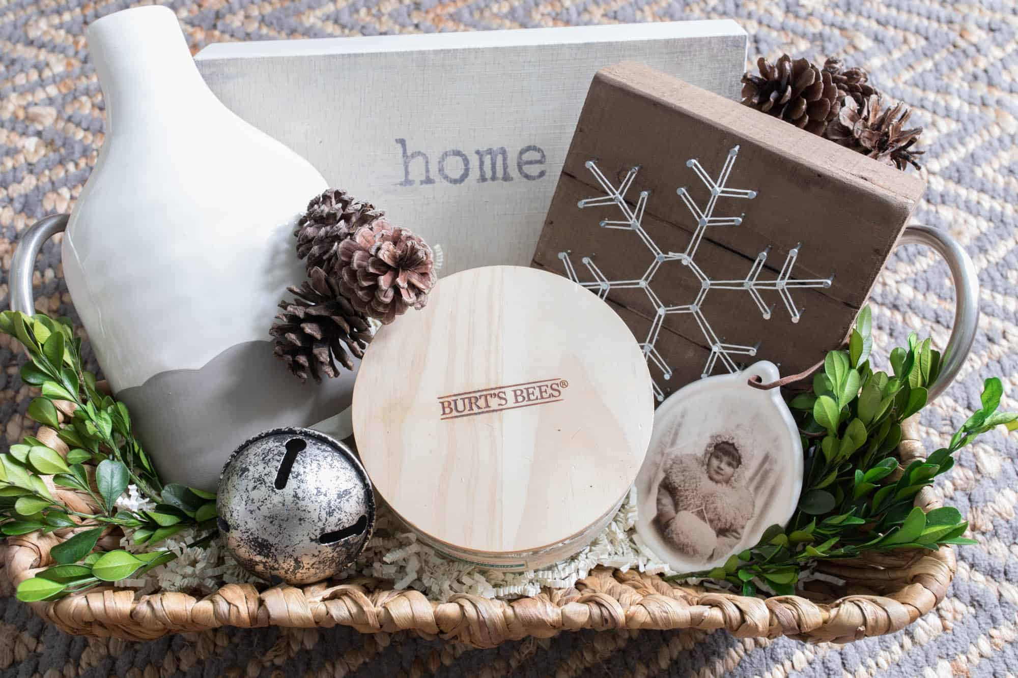 this simple christmas gift basket idea is perfect for the farmhouse decor loving person on your list