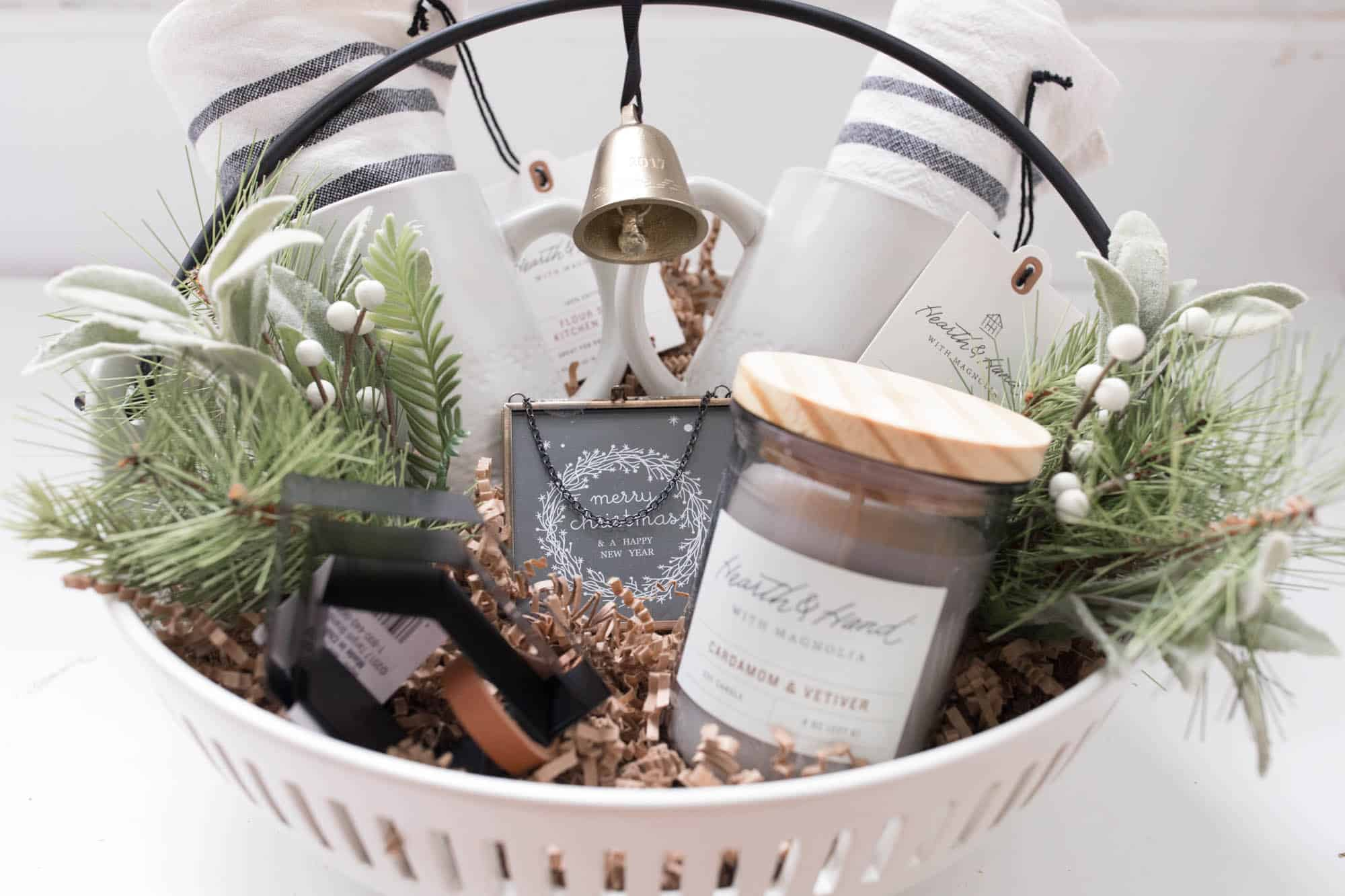Home Design Gift Ideas: Hearth And Hand Gift Basket- Gift Guide For The Farmhouse