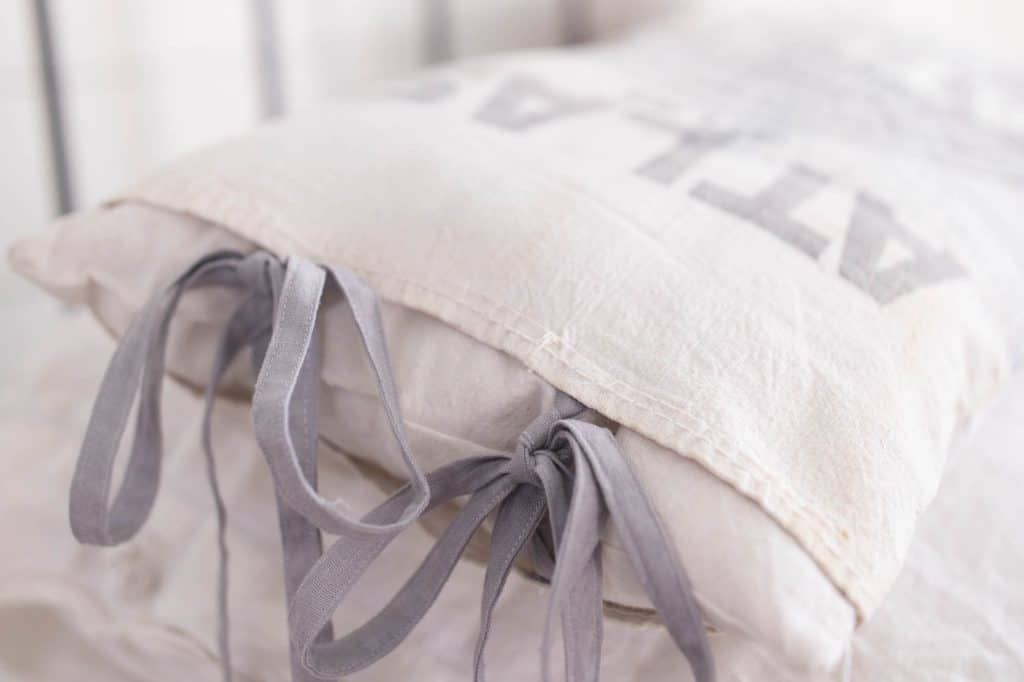 grain sack pillow cover sewing tutorial farmhouse style decor