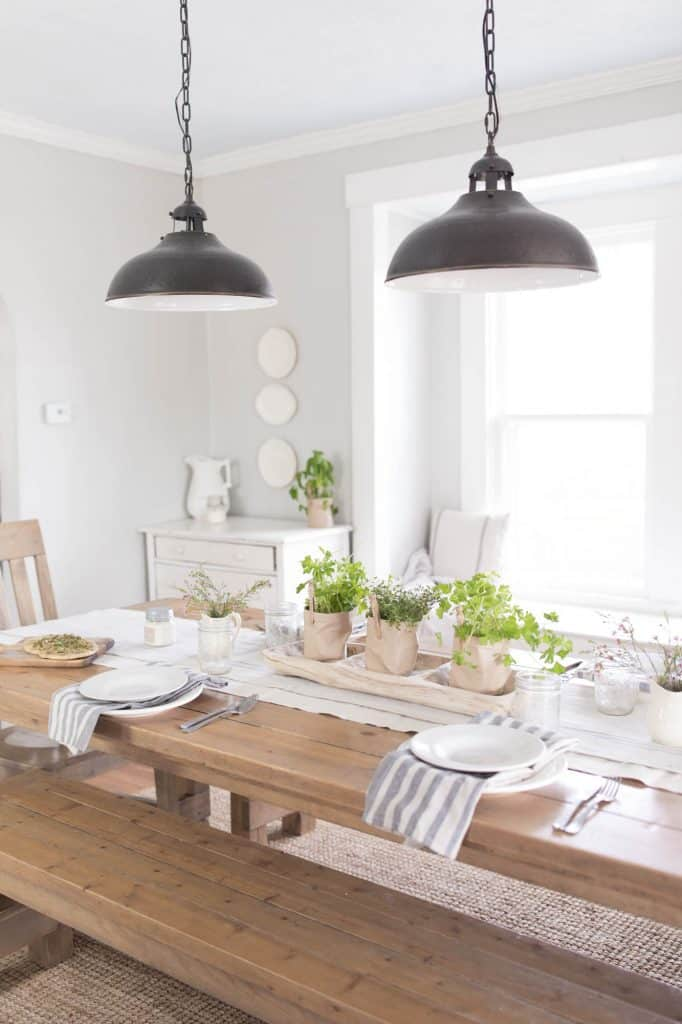 Spring farmhouse Dining Room Decor