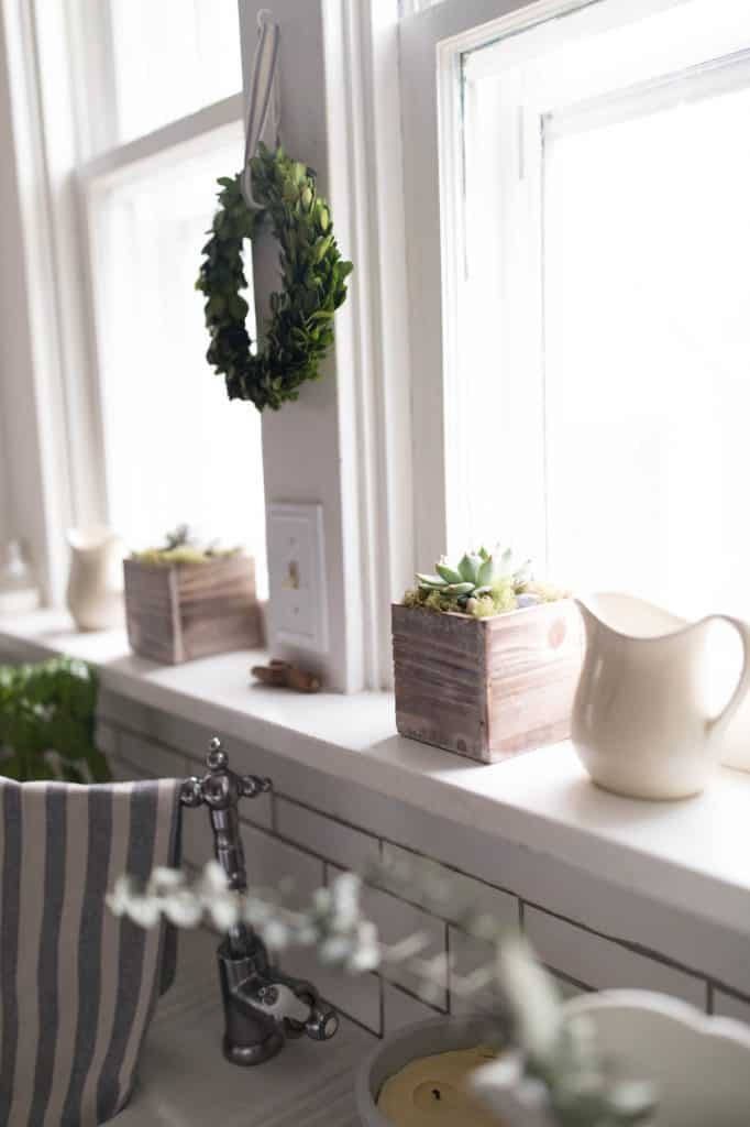 Spring Farmhouse Kitchen Windowsill