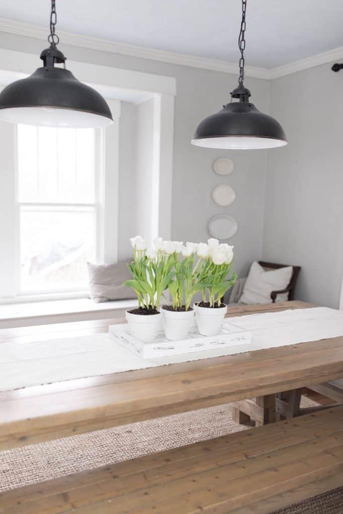 farmhouse dining room simple spring table centerpiece