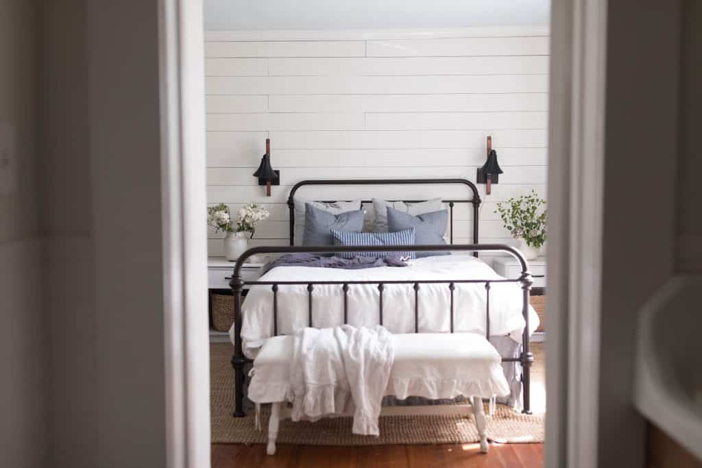 farmhouse bedroom shiplap wall summer decorating
