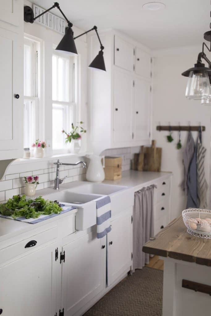 Summer farmhouse home tour farmhouse kitchen decor