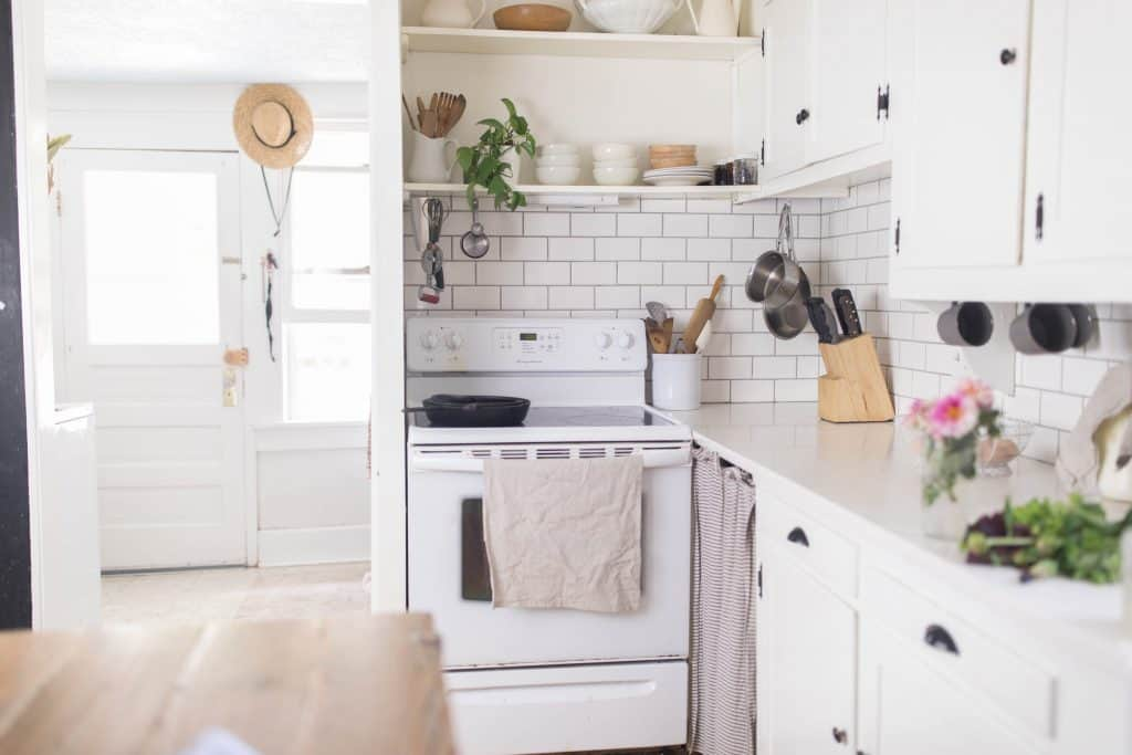 Summer farmhouse kitchen tour simple farmhouse decor